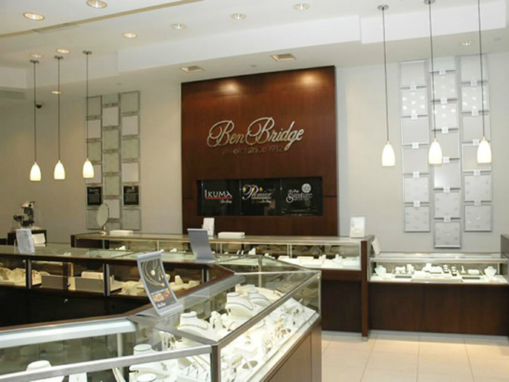Ben Bridge - Jewelry Showcases - Retail Store Fixtures - 03