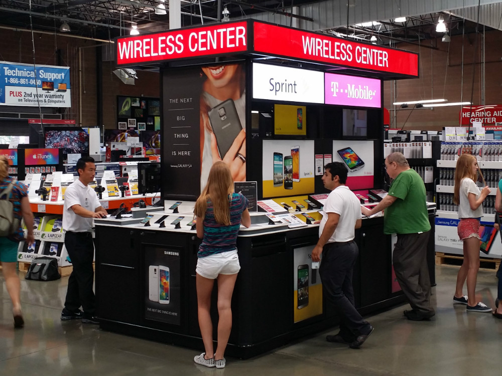 Costco Cell Phone Kiosk - 02