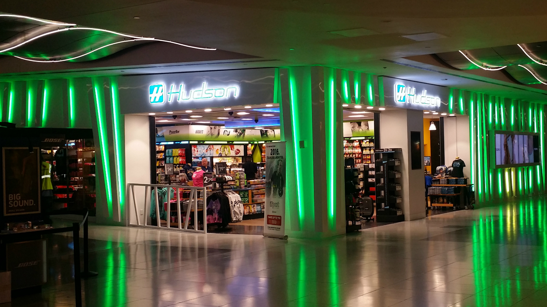Green Storefront LED Retail Lighting