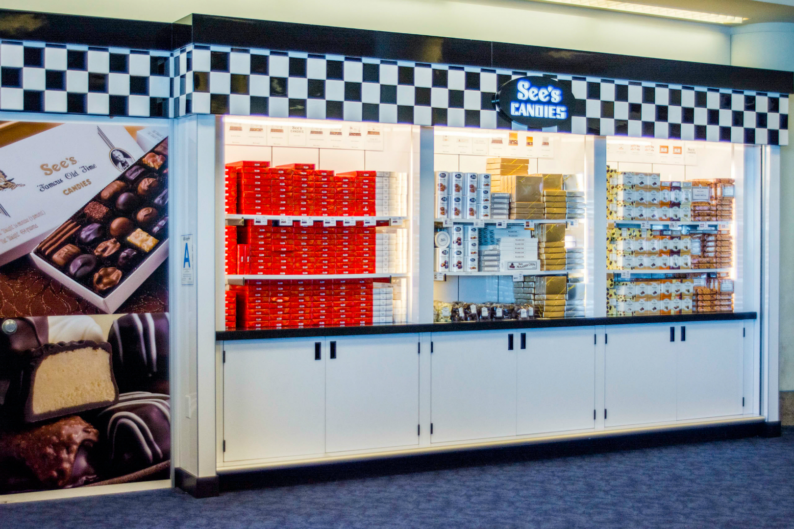 See's Candies Retail Display - LAX 02