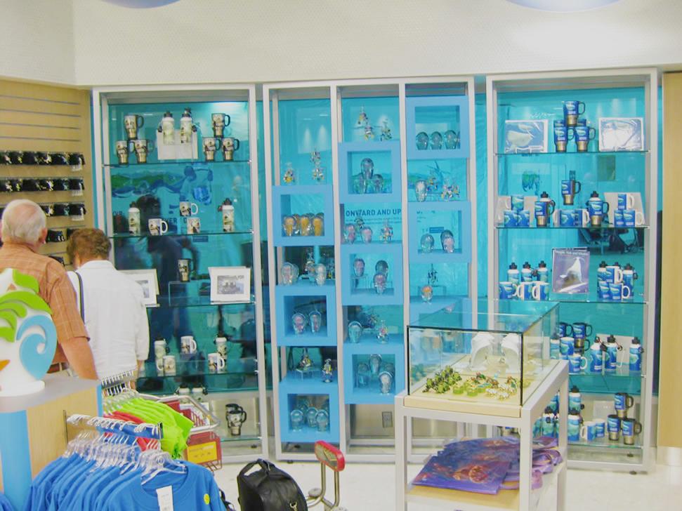 Vancouver Aquarium Airport Retail 07
