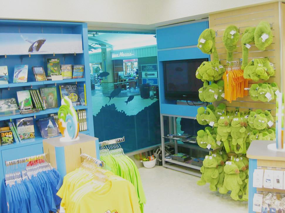 Vancouver Aquarium Airport Retail 08