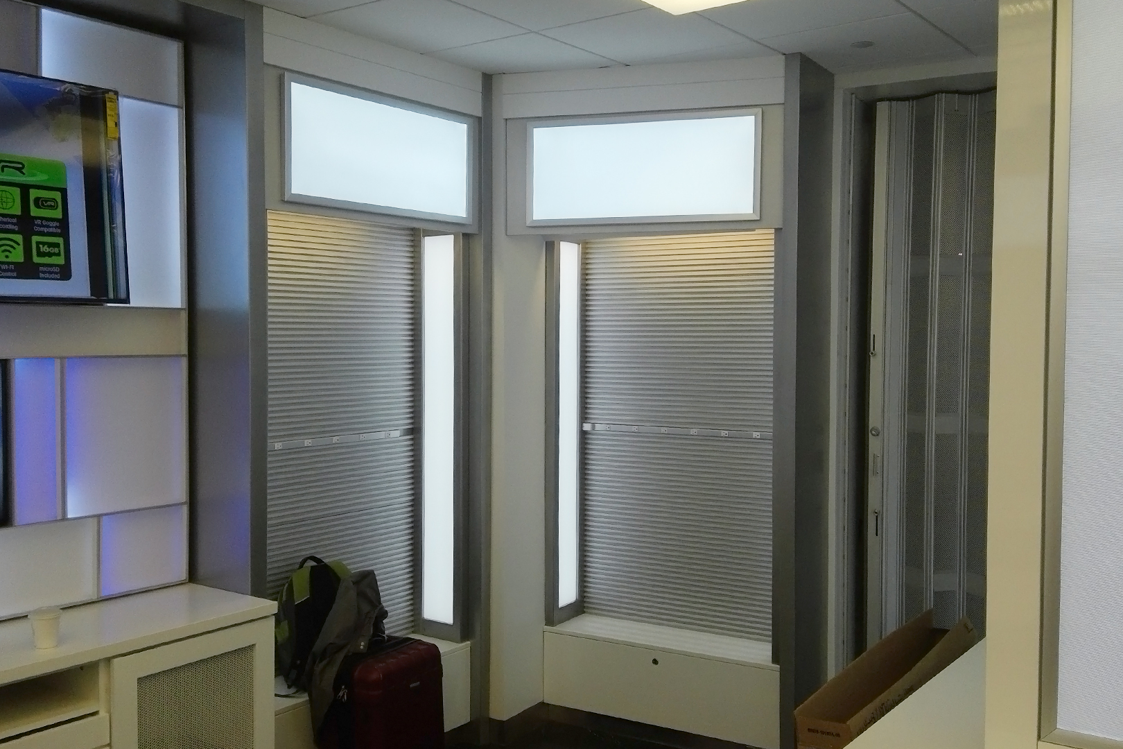 Tech on the go megawall unit with LED lighting.