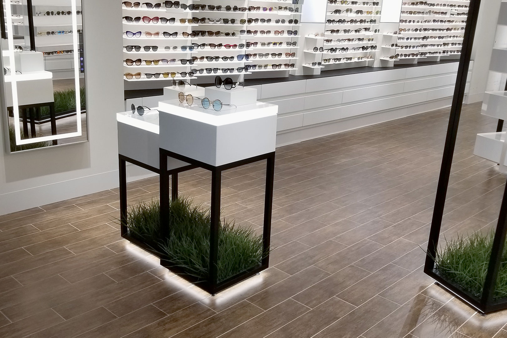 5th and Sunset Luxury Eyewaer Free Standing Displays