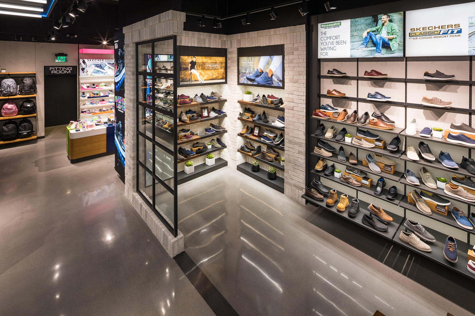 Skechers Santa Monica wall shoe racks