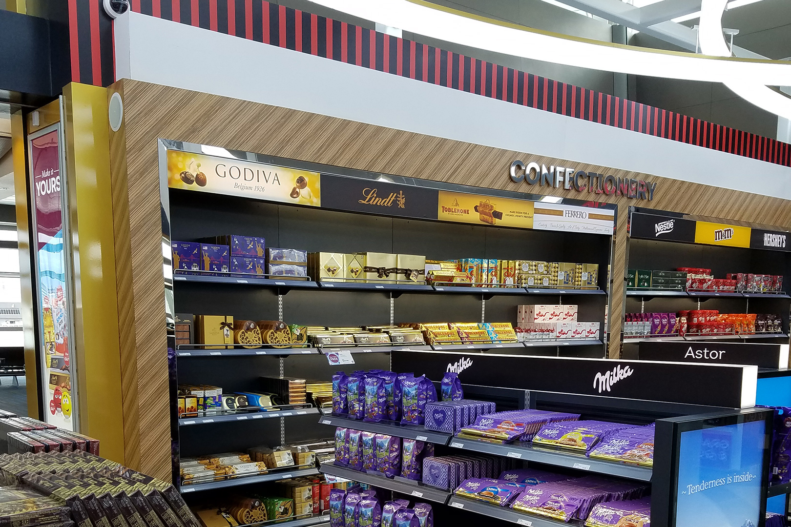 Duty Free High End Retail Fixtures Candy Wall